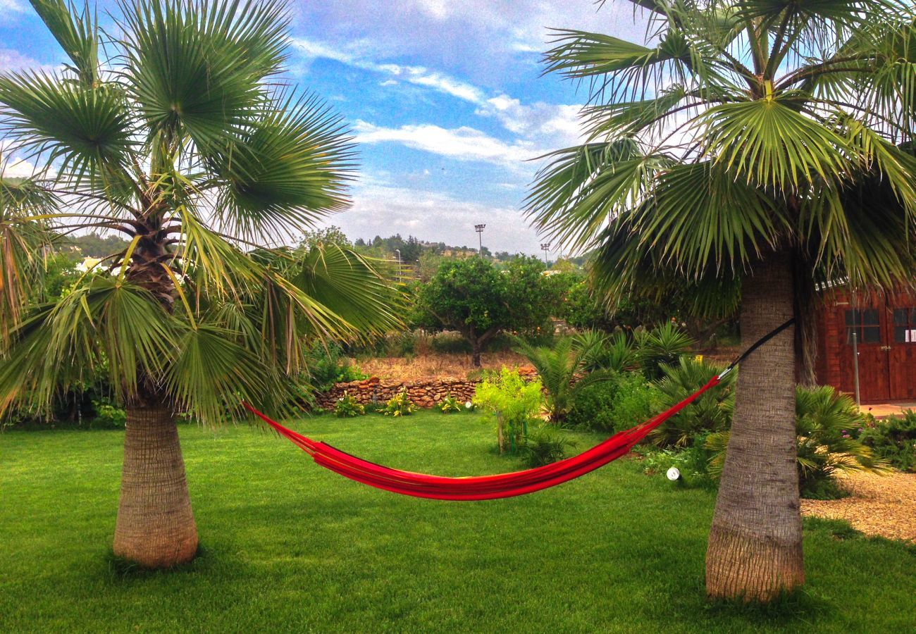 Relaxation area in the private garden of Las Dalias