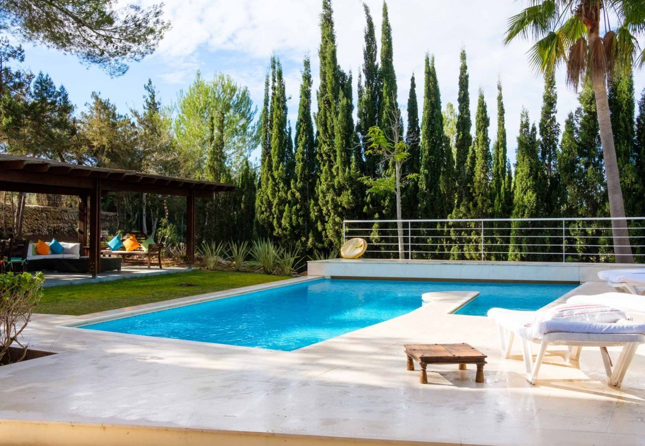 Holiday home Can Jaume Curt with private pool